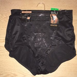Women's 2pk Bali Firm Control Shaping Brief Large